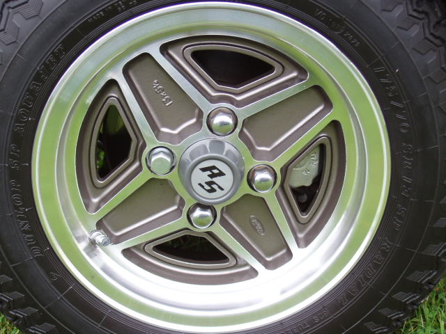 Mk1 Escort RS2000 Wheel Shot